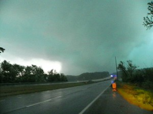 athenstorn4thm 300x224 2014 Alabama Outbreak  Live Stormchase Video